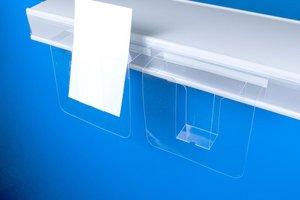 Zelfklevende folderhouder met ronde hoeken voorzien van 2 boorgaten   - Soepele PVC  - Formaat A6 horizontaal